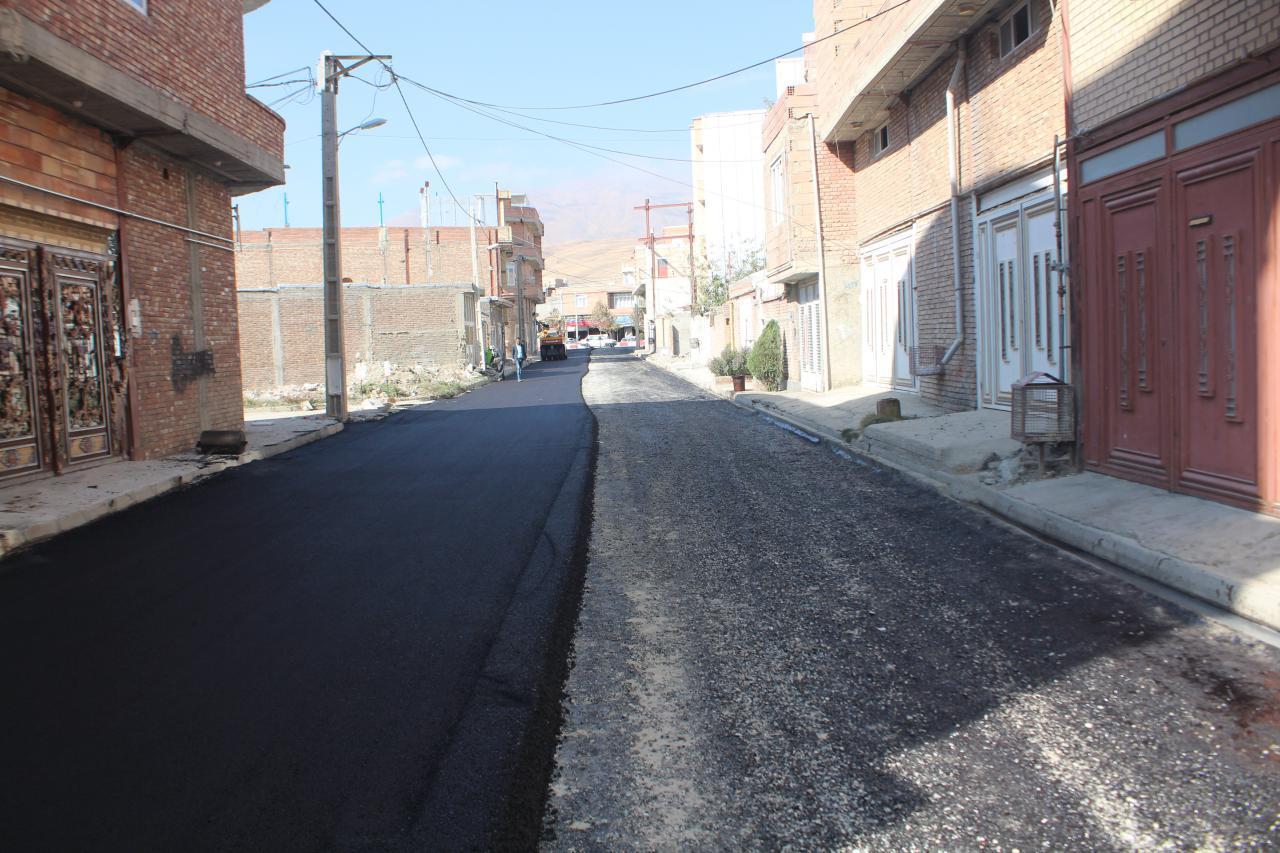 ادامه نهضت آسفالت 95 شهرداری پیرانشهر به روایت تصویر